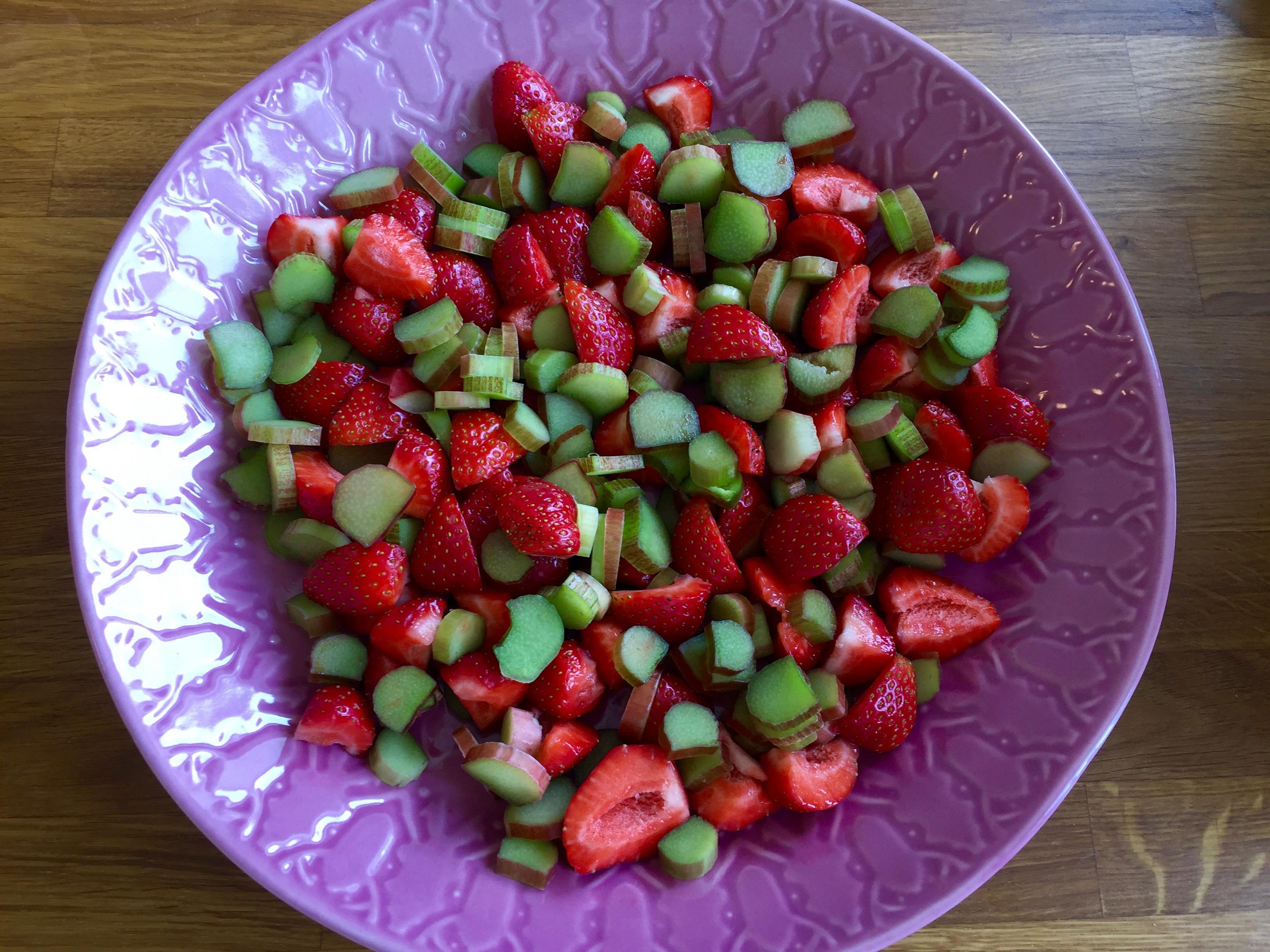 godaste rabarberpajen med maräng